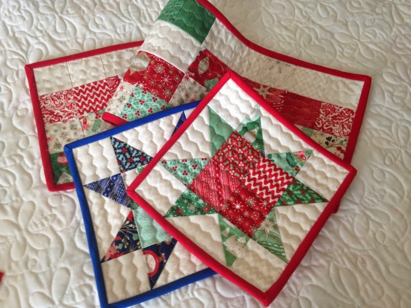 Small Quilts and Quilted Projects Parade | A Quilting Life - a ... : small quilt projects - Adamdwight.com