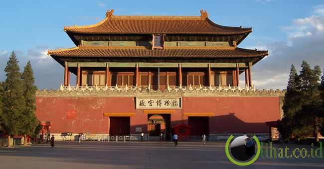 8. Forbidden City atau Kota Terlarang