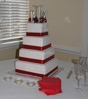 wedding cake,wedding cake pictures,cupcake wedding cakes,pictures of wedding cakes,square wedding cake designs
