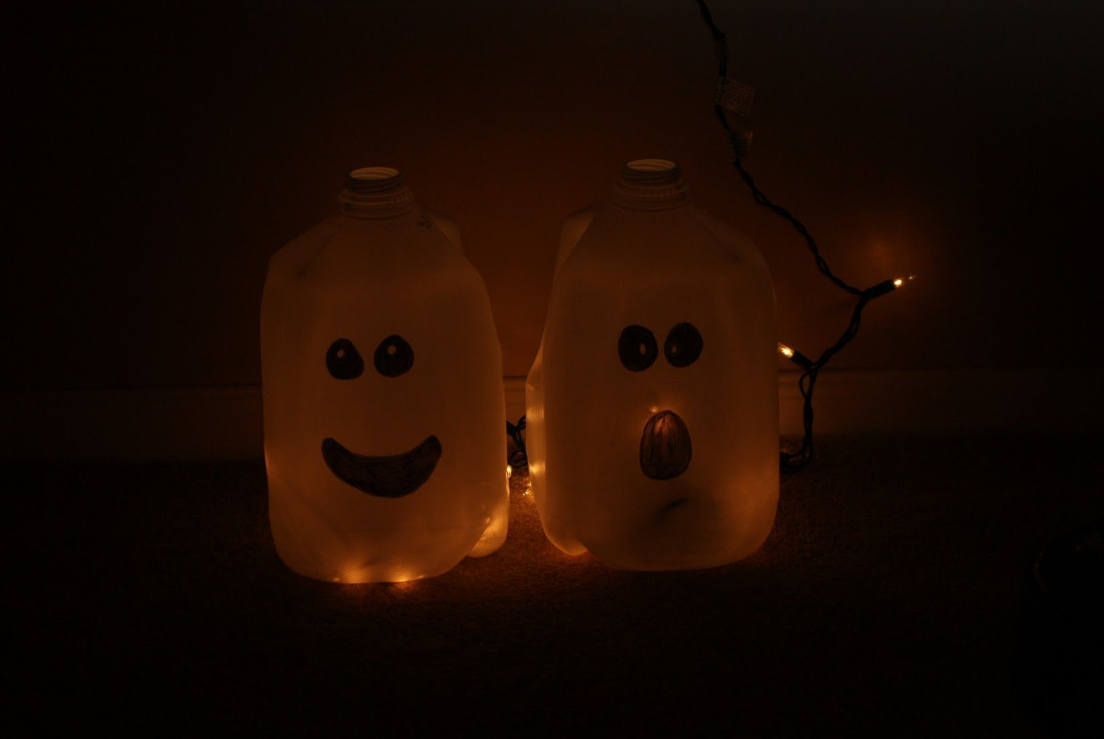 ghostly ghouls milk carton recycling start saving ahead of time and you can even line your walkway with these ghostly additions - Milk Carton Halloween Ghosts