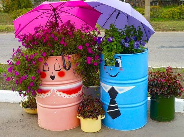 Creative recycling ideas for your garden crafts and arts for Interesting recycling ideas