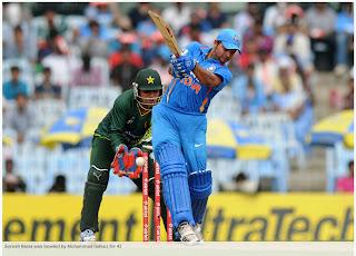 Suresh-Raina-bowled-Mohammad-Hafeez-India-v-Pakistan-1st-ODI-2012