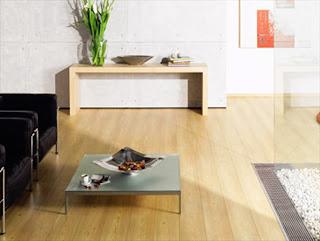 pilihan ekonomis memakai parket kayu yaitu dari bahan laminated harga mulai Rp 140.000,-/m2