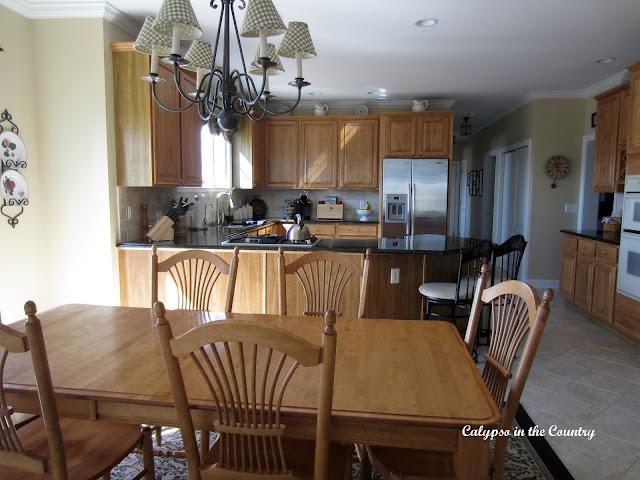 Oak Kitchen with Peninsula