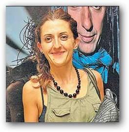 Lola Berthet mucama en Vecinos en Guerra