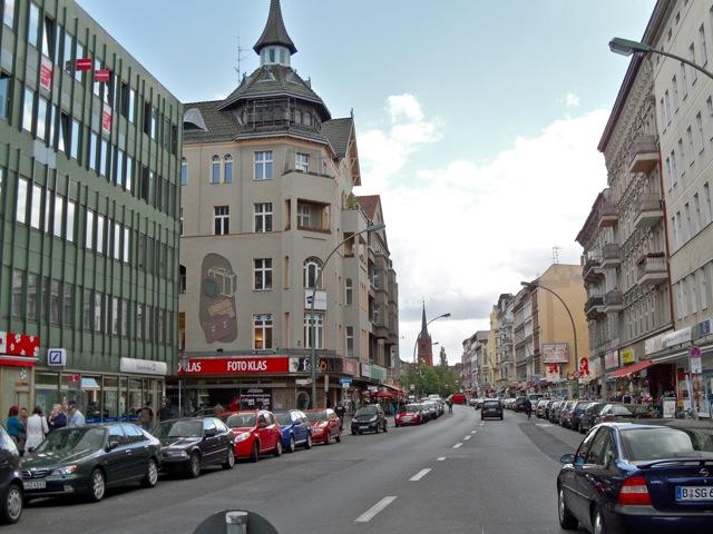 walking from berlin neuk lln rixdorf karl marx street to. Black Bedroom Furniture Sets. Home Design Ideas