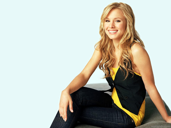 Kristen Bell Hollywood Actress Latest Wallpaper