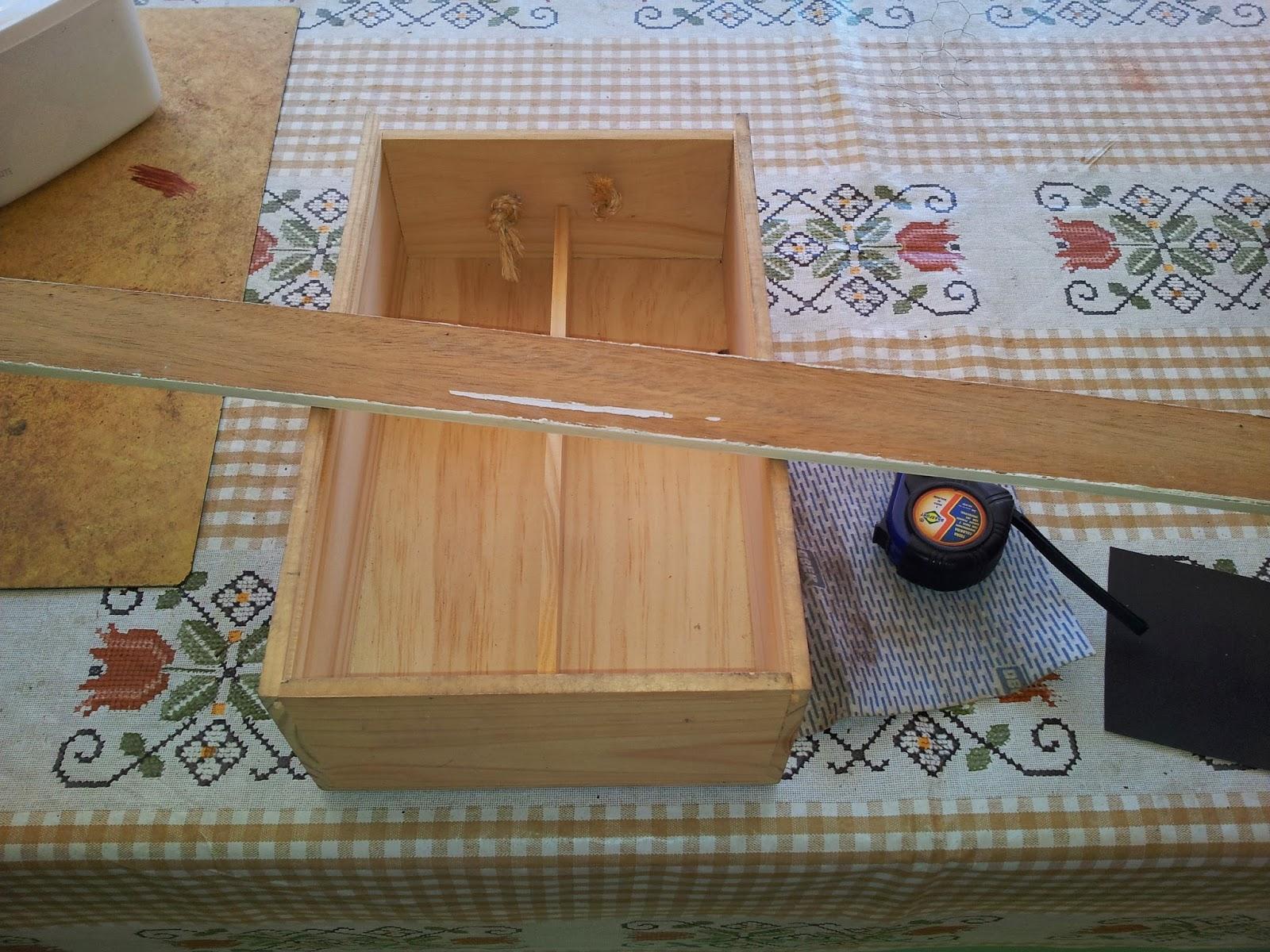 para fazer pequenas prateleiras de madeira e em seguida lixei tanto a #6F4D2F 1600x1200