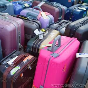 LA GATA SOBRE EL TEJADO. La maleta rosa.