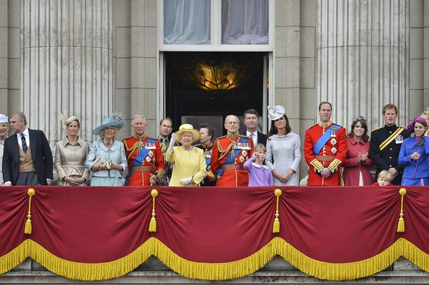 All about kate june 2012 for Queen on balcony