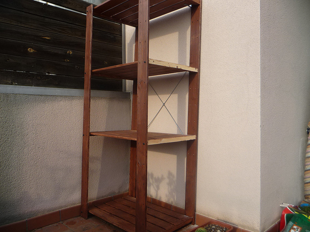 Mi entorno y mi rinc n estanteria para tus plantas for Estanteria plantas interior