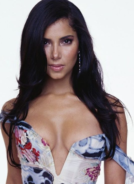 Roselyn Sanchez Calendario
