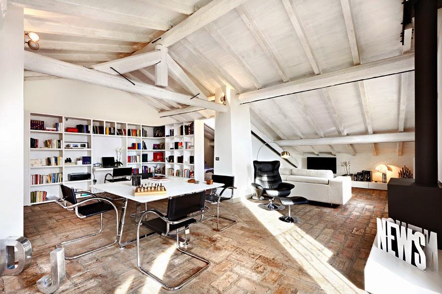 Soffitti Alti Illuminazione : Soffitti in legno bianco piccolo bagno rivestito in lastre di