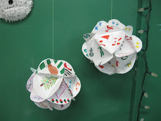 http://www.terristeachingtreasures.blogspot.ca/2012/12/dodecahedrons.html