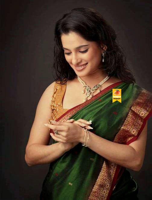 beautiful priya bapat s photos in saree haapus blogspot