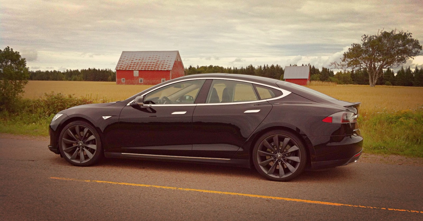 2013 Tesla Model S P85 Performance Black