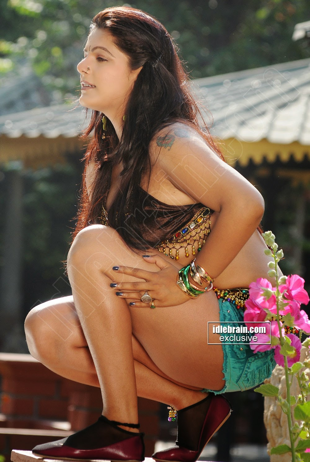reva-hot-gallery