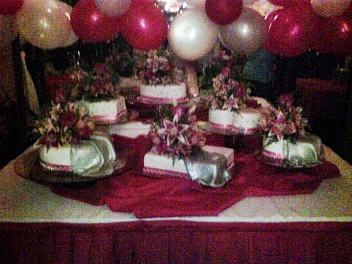 Tortas y Decoraciones: Torta de 15 Años Fucsia y Plateado