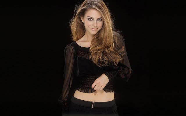 Maria Menounos in Black