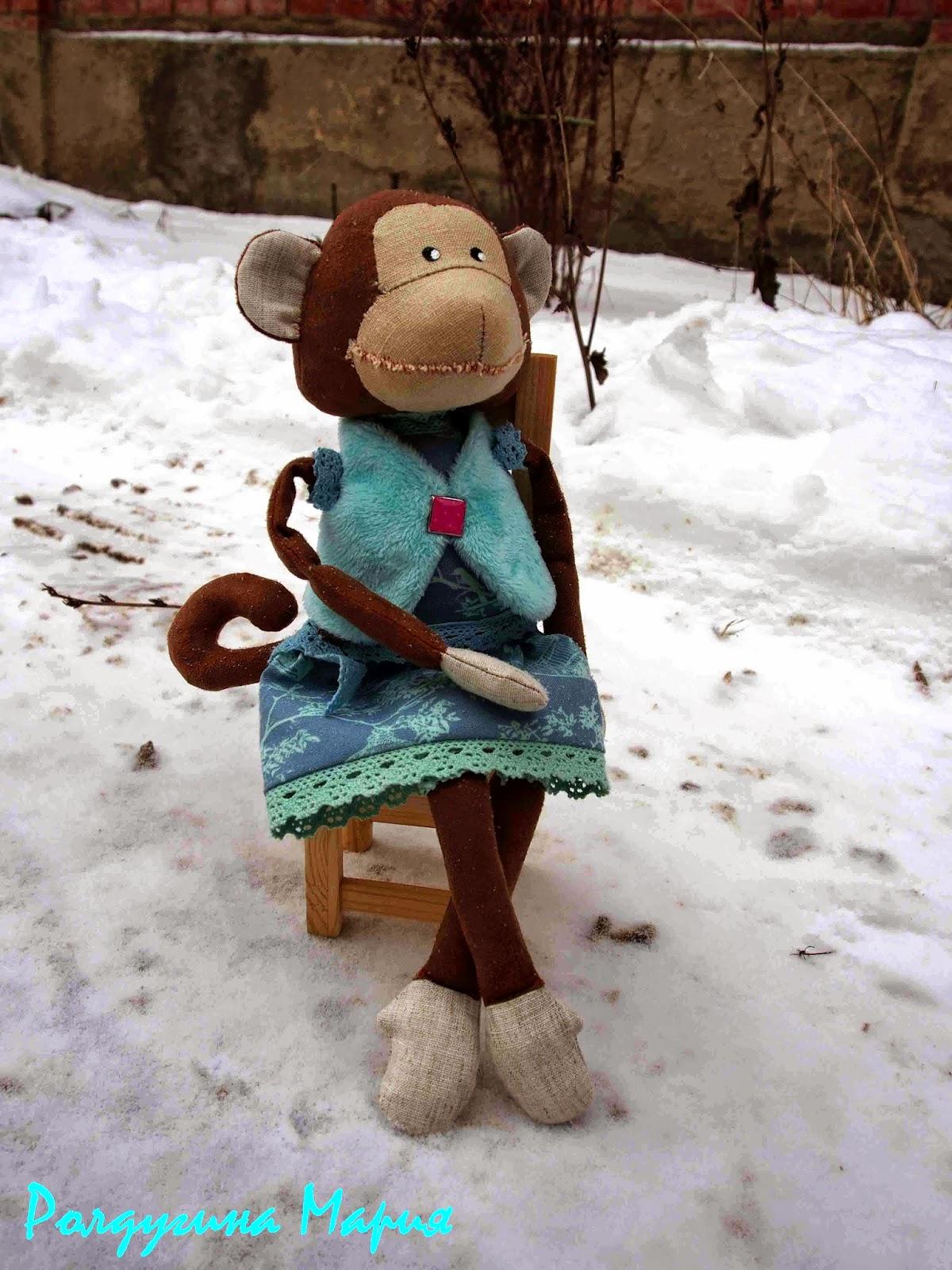 обезьянка ручная игрушка