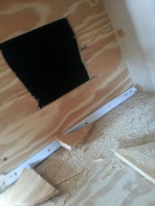 Квадратная дырка в шкафу