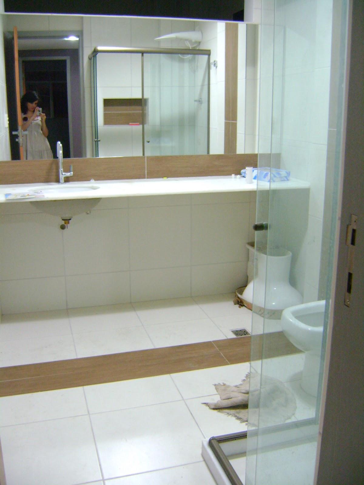 Antes e (quase) Depois: banheiro social!!:Dicas e Decorar: Decoração  #7F6D4D 1200 1600