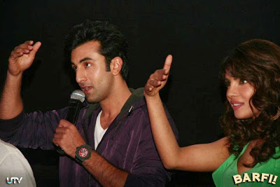 Barfi! Trailer Launch Images Featuring Hot Ranbir Kapoor, Priyanka Chopra