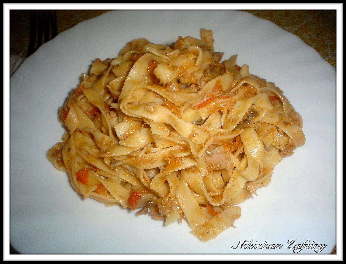 Tallarines de pasta fresca con at n y sofrito recetas de una gatita enamorada - Platos de pasta sencillos ...