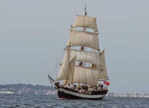 A Day out on the fantastic Tall Ship Pelican from Weymouth in 2015