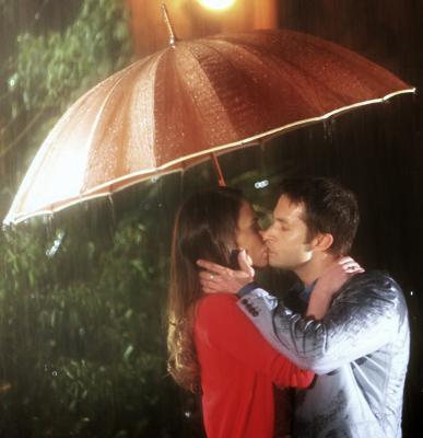 Professora Helena e Renê Finalmente se Beijam