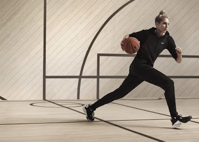 ELENA DELLE DONNE a WNBA Chicago Sky Player in Nike