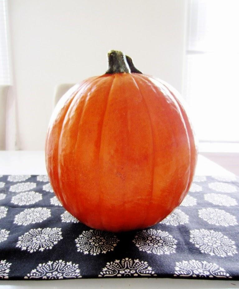 Como Hacer un Florero con Calabaza para Halloween