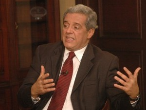 Hatuey pide a Vargas que reflexione sobre campaña