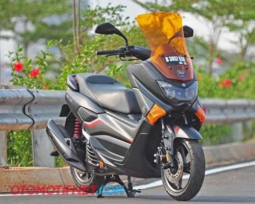 Foto Modifikasi Yamaha NMAX, Keren Pakai Tiga Warna Aja