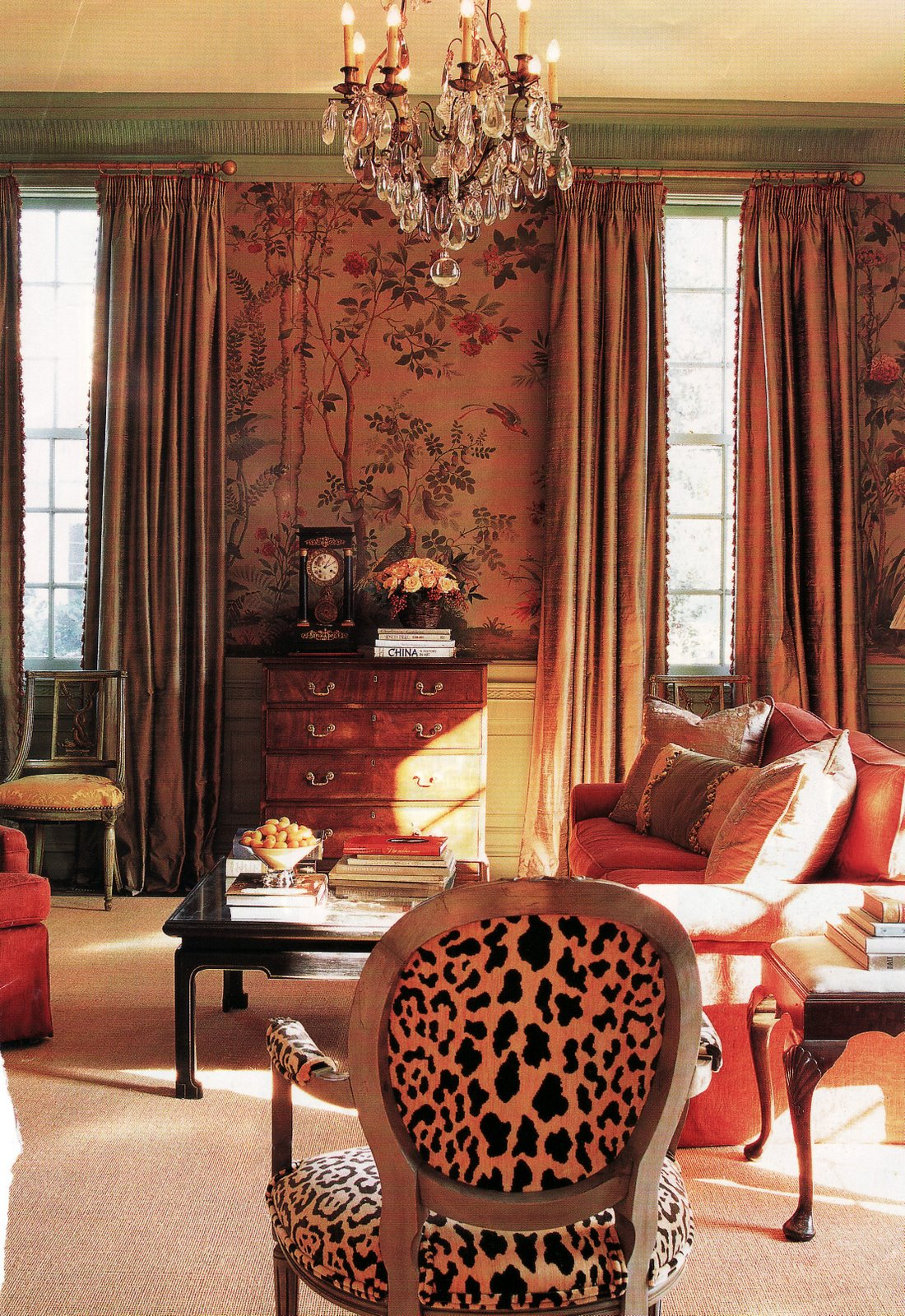 Eye for design decorating with animal prints and hides faux of course for Leopard print living room ideas