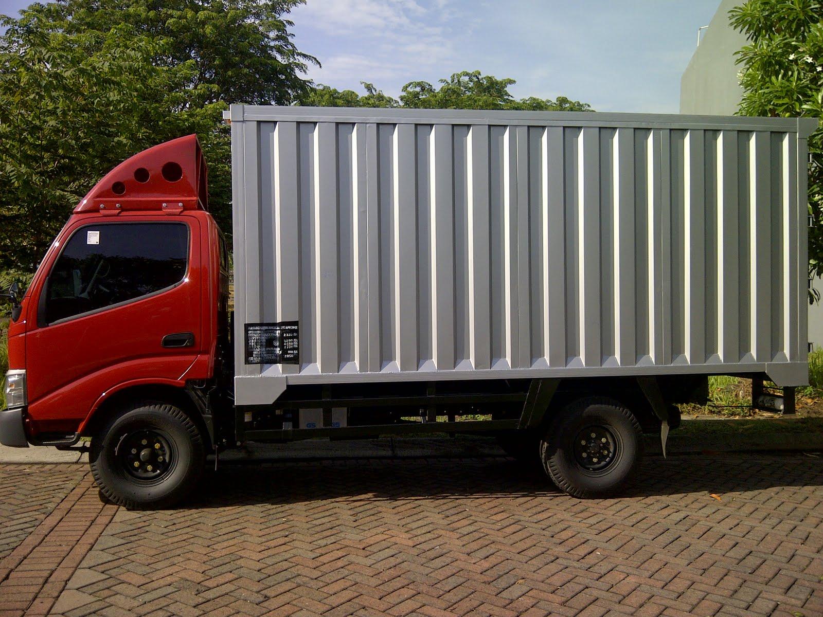 sewa mobil truk sewa mobil box sewa truck untuk pindahan rumah dan kiriman barang sewa. Black Bedroom Furniture Sets. Home Design Ideas