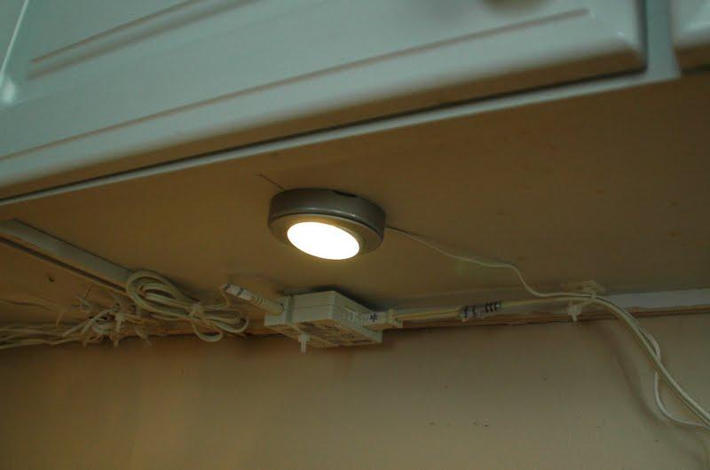 Our Tiny Oak Park Bungalow: Under-cabinet Lighting