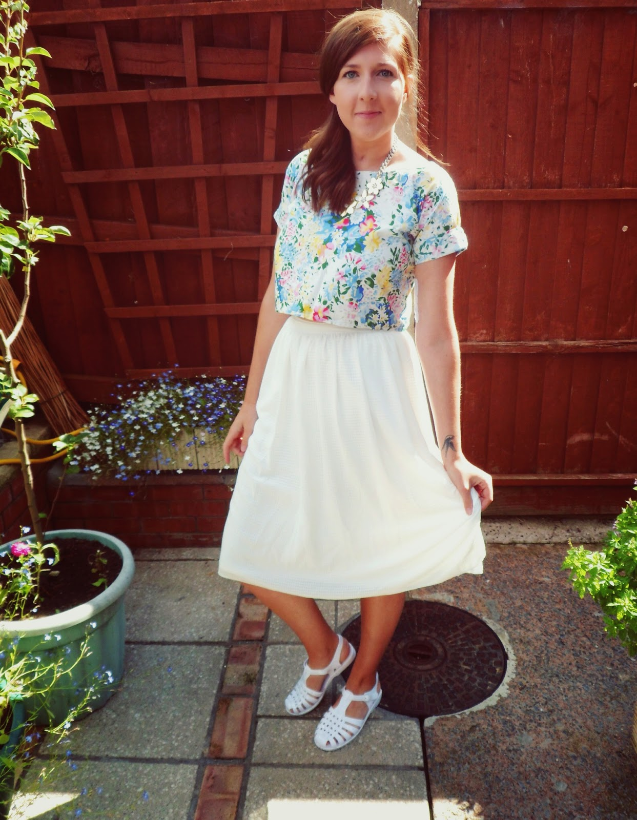 1960s, ASOS, fashionbloggers, fbloggers, handmade, jelly shoes, midi skirt, new look, ootd, outfitoftheday, primark, retro, summer, whatimwearing, wiw,