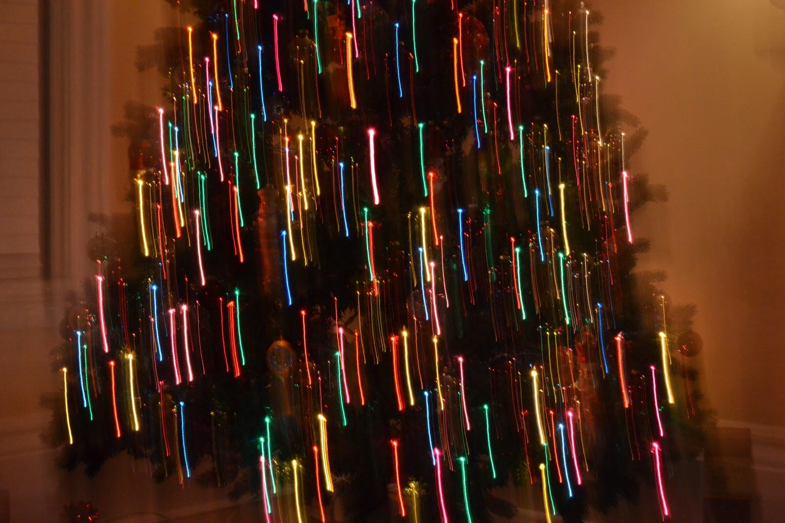 how to take christmas light photos