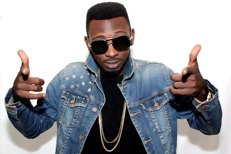 Facts About Singer May D