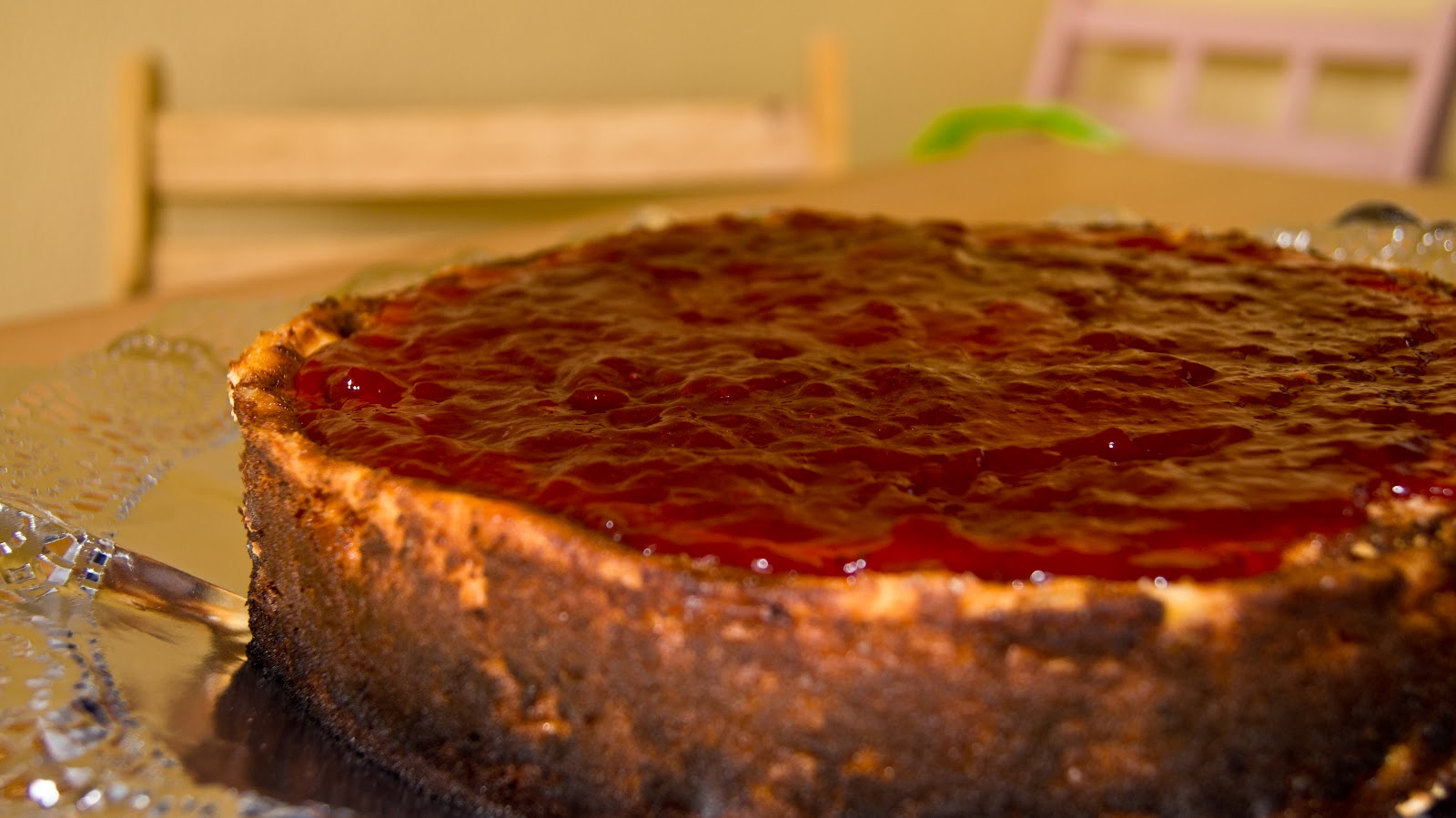 ... www.food.com/recipe/authentic-lindys-famous-new-york-cheesecake-81781
