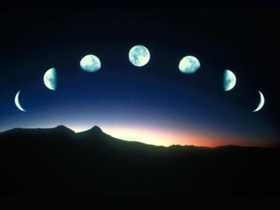 Eu como a Lua....