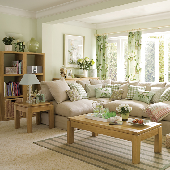 Perfect An Assortment Of Soft Plaid Pillows Adds A Little Extra Punch To This  Neutral Setting, House To Home Part 10