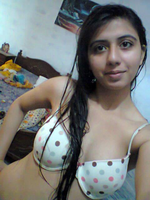 Indian Girl Nude Pics indianudesi.com