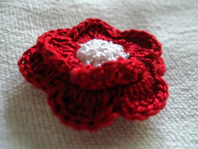 https://www.etsy.com/listing/195449010/clutch-back-flower-pin-112-inch-crochet?ref=shop_home_active_4
