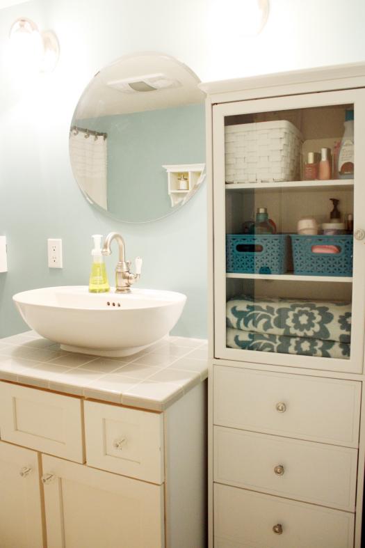 Organizing Bathroom Linen Cabinets