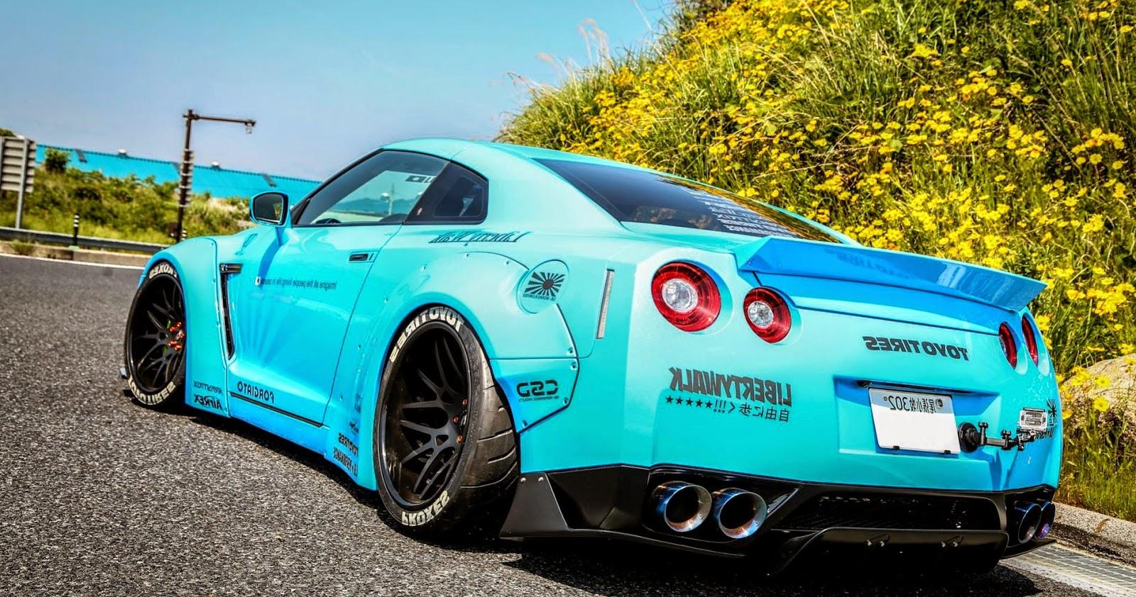 Nissan GT-R Modified Bright Blue Rear
