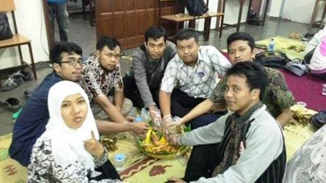 """Young Peacemaker Community Indonesia (YIPC) mengadakan """"Jagongan Perdamaian"""" dalam Rangka Memperingati Hari Sumpah Pemuda"""