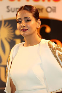 Actress Parul Yadav Pictures in White Long Dress at IIFA Utsavam Awards 2016  25287