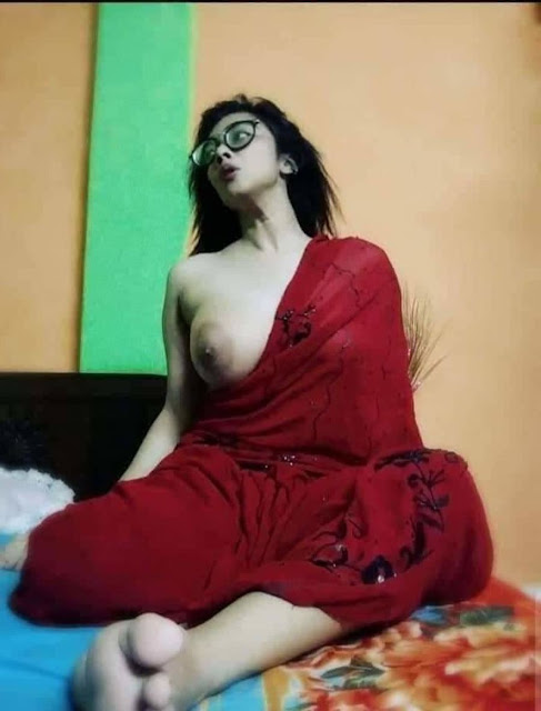 hot desi girl selfie nude Photos